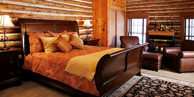 lee bedroom at chalet of canandaigua
