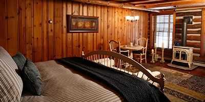 chalet_of_canandaigua-rooms-woodsview
