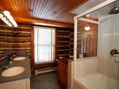 chalet_of_canandaigua-woodsview2